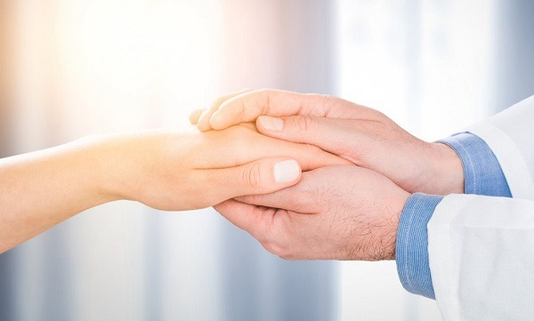 Điều trị nội trú là gì, điều trị ngoại trú là gì trong bảo hiểm sức khỏe