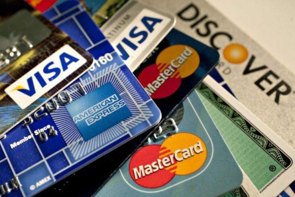 Đáo hạn thẻ tín dụng là gì?