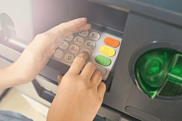 Cách lấy lại số tài khoản ngân hàng qua trụ ATM
